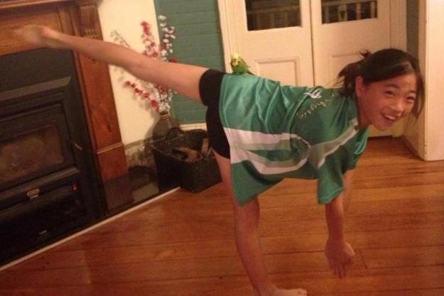 Billie the Berowra Budgie with Balance